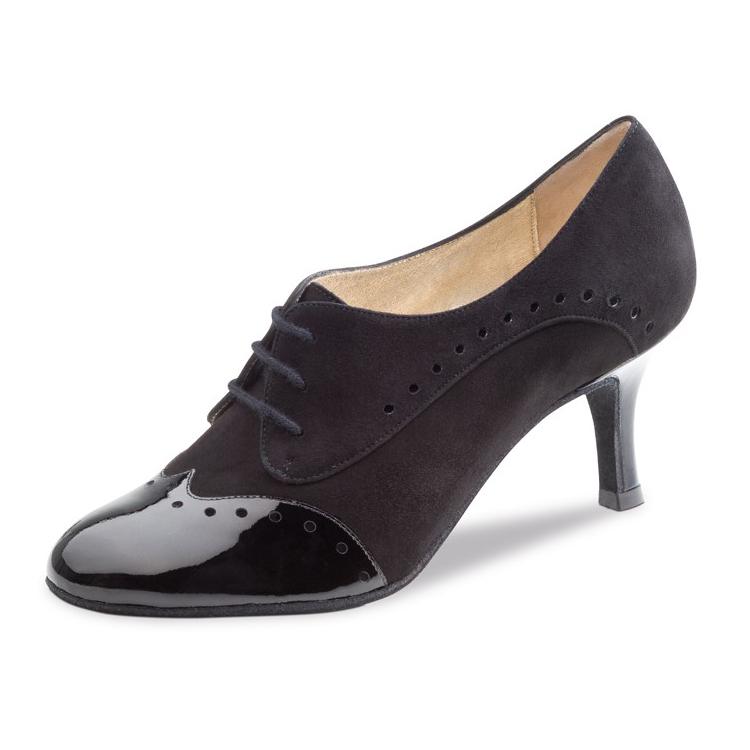 chaussure de danse pour femme nueva epoca karen 6, est en daim noir, bout de la chaussure en vernis, très élégante et confortable, la chaussure est fermé avec un laçage 3 trous pour un bon maintien du pied, talon 6 cm, idéal pour danse de salon, danceworld à bruxelles