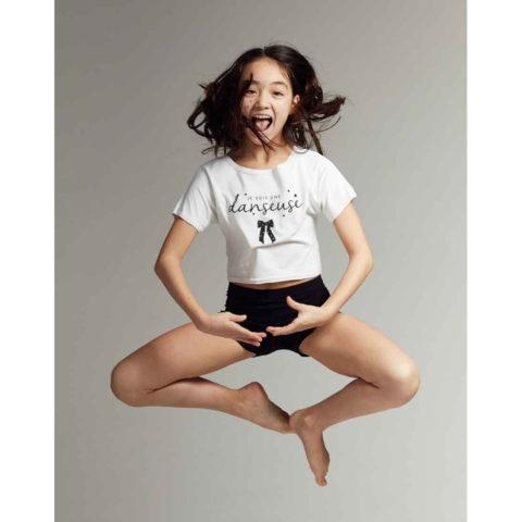 T-shirt court enfant Temps Danse Je suis une Danseuse, fibres naturelles, t-shirt de danse, crop top, danceworld, bruxelles.