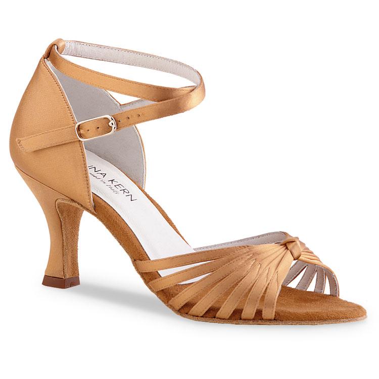 Chaussure de danse pour femme Anna Kern 526-60 est en satin flesh, très souple et confortable, ouverture sur les orteils, brides croisées sur la chevilles, talon 6 cm. Idéal pour danse de salon, Danceworld à Bruxelles