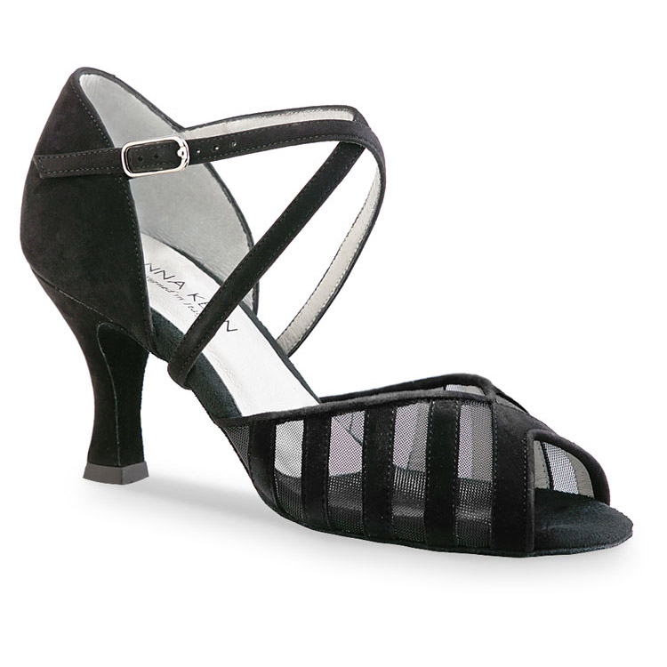 Chaussure de danse pour femme Anna Kern 569-60 est en daim noir, très confortable et souple, petite ouverture sur les orteils, filet noir transparent pour un bon maintien du pied, talon 6 cm. Idéal pour danse de salon. Danceworld à Bruxelles